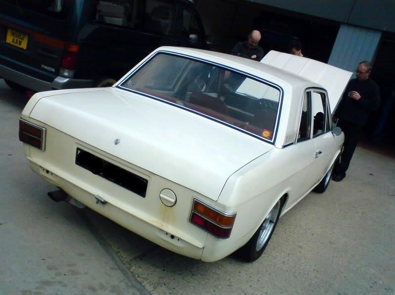 CortinaV8_01.jpg